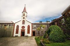 Museo della chiesa di Chiloe e centro dell'ospite al precedente convento di Inmaculada Concepción - Ancud, isola di Chiloe, Cile immagini stock
