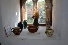 Museo della chiesa medievale fortificata del sassone in Calnic, casa di TransylvaniTypical nel villaggio Calnic, la Transilvania Fotografia Stock Libera da Diritti