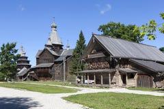 Museo di architettura di legno Vitoslavlitsy Velikiy Novgorod La Russia immagini stock libere da diritti