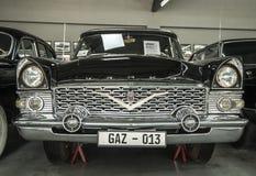 Museo di vecchie automobili sovietiche Immagini Stock