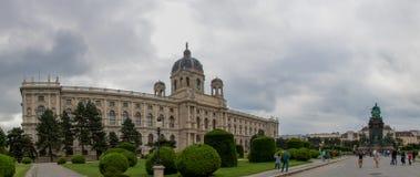 Museo e Maria Theresia Monument Maria-Theresia-Denkmal di Naturhistorisches del museo di storia naturale fotografia stock libera da diritti