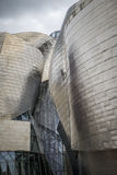Museo Guggenheim dall'architetto Frank Gehry a Bilbao Immagini Stock
