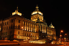 Museo Nazionale ceco alla notte Fotografie Stock Libere da Diritti
