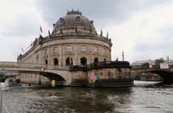 Museo presagiado en la diversión del río, Berlín Imágenes de archivo libres de regalías