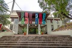 Museo Provinsiell de Ciencias Naturales för naturvetenskapmuseum fasad - Cordoba, Argentina arkivfoto