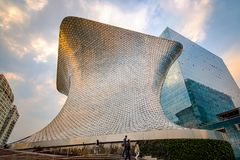 Free Museo Soumaya : The Unique Anvil-shaped Soumaya Museum Of Art In Mexico City Stock Photography - 124552552