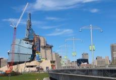 Muserum canadien pour les droits de l'homme et l'esplanade 2 photos libres de droits