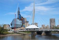 Muserum canadien pour les droits de l'homme et l'esplanade Images stock