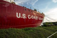 Museu aposentado de Icebreaker USS Mackinaw da guarda costeira dos E.U. fotografia de stock