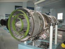 Museu da história da construção do motor de aviões Motores de aviões em suportes Motores de turbina e de motor a combustão intern Foto de Stock Royalty Free