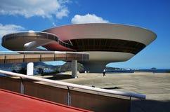 Museu de arte contemporânea por Oscar Niemeyer foto de stock