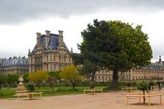 Museu do Louvre do jardim de Tuileries Fotos de Stock Royalty Free