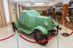 Museu retro da história militar da exibição do veículo blindado do combate, Ekaterinburg, Rússia, 05 03 2016 anos Fotografia de Stock Royalty Free