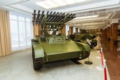 Museu retro da história militar da exibição do veículo blindado do combate, Ekaterinburg, Rússia, 05 03 2016 anos Imagens de Stock Royalty Free