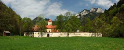 Museu vermelho do monastério, região de Spis, Eslováquia fotos de stock royalty free