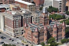 Museu vermelho velho, anteriormente Dallas County Courthouse, em Texas Fotos de Stock Royalty Free