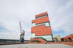 Museum bij de Stroom (MAS) in Antwerpen, België stock foto's