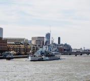 Museum för HMS Belfast på Thames River Royaltyfri Foto