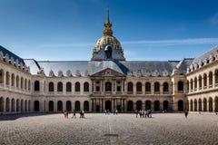 Museum för Les Invalides krighistoria i Paris Royaltyfri Bild