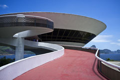 Museum för modern konst (MAC) i Niteroi - Rio de Janeiro Brasilien Royaltyfri Foto