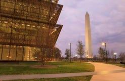 Museum van Afrikaans-Amerikaanse Geschiedenis en Washington Monument Royalty-vrije Stock Afbeelding