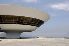 Museum van de Kunst van Niterói het Eigentijdse (MAC) stock fotografie