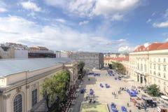 MuseumsQuartier, Museumsplatz, вена стоковые изображения