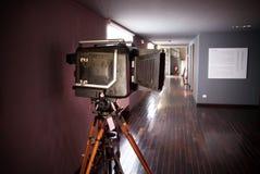 Museumsstück der alten Filmkamera lizenzfreie stockbilder
