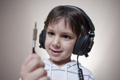 Music kid 01 Royalty Free Stock Images