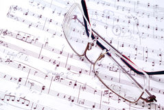 Music notes and pen Royalty Free Stock Images