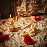 Music sheets with rose petals Royalty Free Stock Photography