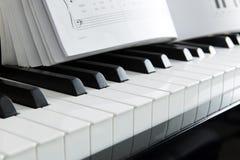 Musica del piano Fotografie Stock Libere da Diritti