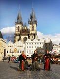 Musica della gente del quadrato di Praga Fotografie Stock Libere da Diritti