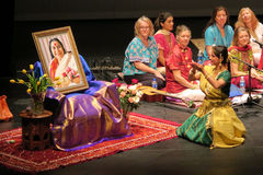 Musica di yoga di Sahaja di Joy Meditation & del concerto di musica a SOTA Immagine Stock