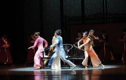 Musical de stoel-tweede handeling van de gebeurtenissen van dans drama-Shawan van het verleden Stock Foto's
