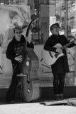 musican唱歌的街道 图库摄影