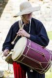 musicien Affichage médiéval Warkworth, le Northumberland l'angleterre LE R-U images libres de droits