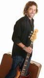 Musicien de déplacement avec la guitare Photo libre de droits