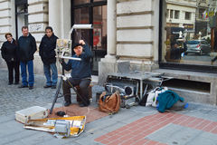 Musicien de rue à Bucarest Photos stock