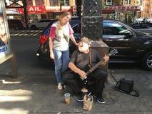 Musicien de rue sur Brighton Beach Images libres de droits