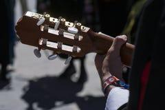 Musicien espagnol de guitare et de main Images libres de droits