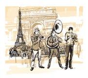 Musiciens devant Tour Eiffel à Paris Photographie stock libre de droits