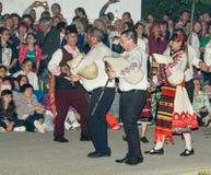 Musiciens folkloriques bulgares aux jeux de Nestenar dans le village des Bulgares Photo stock