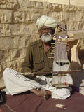 Musicista al cammello giusto, Jaisalmer, India Fotografia Stock Libera da Diritti