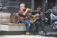 Musicisti che eseguono nelle vie di Siviglia Fotografie Stock