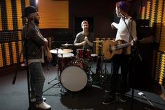 Musik-Band an der Wiederholung lizenzfreies stockbild