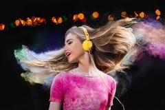 Musik i hörlurar Fotografering för Bildbyråer