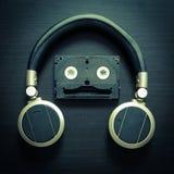 Musik-Roboter-Kopfhörer-Weinlese-Ton Stockfoto