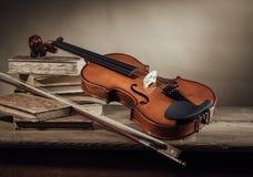 Musik- und Kunststillleben Lizenzfreie Stockbilder