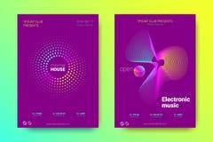 Musikaffischuppsättning med våglinjer och distorsion stock illustrationer